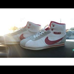 Vintage Nike shoes